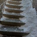 """Лестница ведёт на участок № 2 УК \""""Омск-Комфорт\"""". Они даже снег с лестницы не убирают. Дом на ул. Туполева, 19 (ул.Туполева,2), ул. Туполева, 19 (ул.Туполева,2), Сибгазстройдеталь : Омск"""