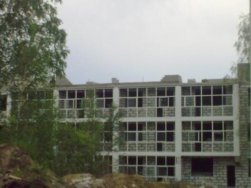 дом № 16, была на стройке вчера