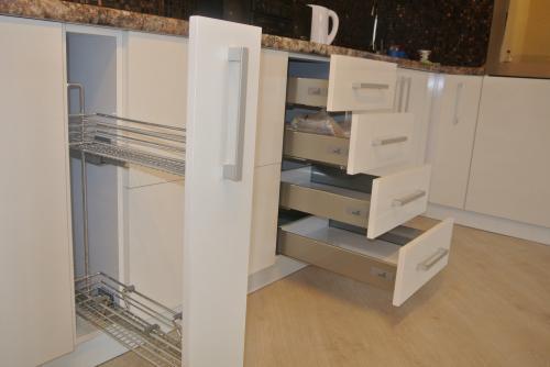 Кухня. Материал Акрилайн. Сделано в ВИС-Сервисе