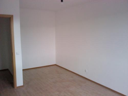 ЖК Токио. Комната в однокомнатной квартире общей площадью 35 кв.м